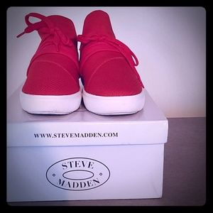 Steve Madden Sneakers‼️‼️